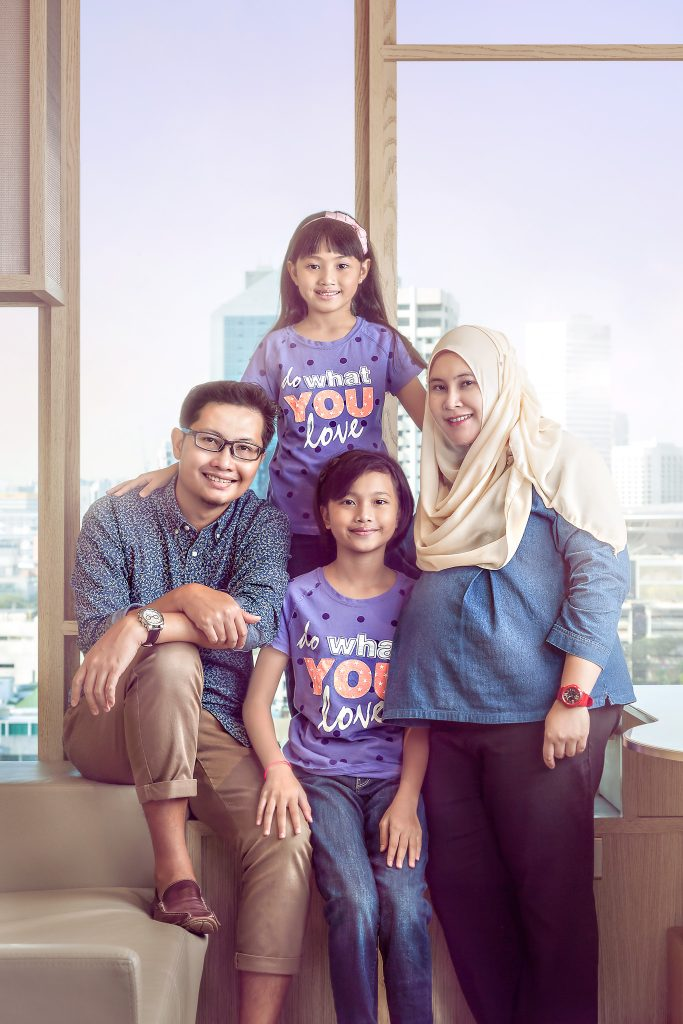 family portrait professional award winning photographer singapore